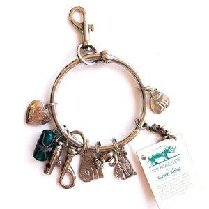 Silver heart and cats key bracelet